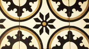 Деталь традиционных плиток от фасада старого дома декоративные плитки Valencian традиционные плитки флористический орнамент Стоковые Фотографии RF