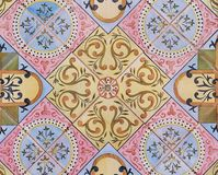 Деталь традиционных плиток от фасада старого дома декоративные плитки Valencian традиционные плитки флористический орнамент Испан Стоковое Фото