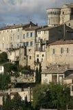 Детализируйте взгляд городка в Любероне, Франции вершины холма Gordes Стоковые Фотографии RF