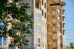 Детали незаконченного здания на строительной площадке Стоковые Изображения