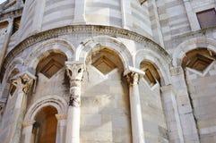 Детали собора Пизы стоковые изображения rf