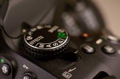 Детали современного цифрового photocamera SLR Стоковое Фото