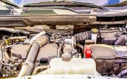Детали старого двигателя под клобуком автомобиля Стоковое фото RF