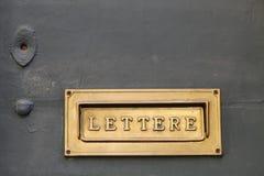 Детали старого итальянского почтового ящика Стоковые Изображения RF