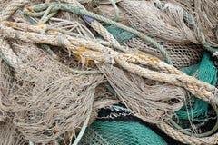 Детали старых рыболовных сетей веревочки моря Стоковые Фотографии RF