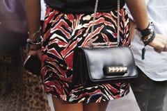 Деталь аксессуаров женщины outdoors Стоковое Фото