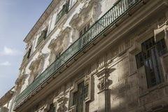 Деталь балконов и больших окон на времени ninetee Стоковая Фотография RF