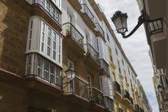 Деталь балконов и больших окон Стоковое фото RF