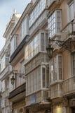 Деталь балконов и больших окон Стоковое Изображение