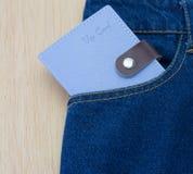 Деталь голубых джинсов с карточкой vip Стоковое фото RF