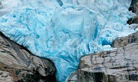 Деталь ледника Briksdalsbreen в Норвегии Стоковая Фотография
