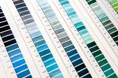 Деталь диаграммы цвета в студии дизайна одежды Стоковые Фотографии RF