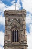 Деталь колокольни собора Флоренса Santa Maria del Fiore Стоковая Фотография RF