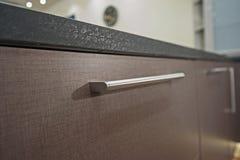 Деталь кухонного шкафа дизайна интерьера кухни Стоковое Изображение RF