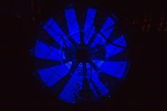 Деталь ночи фабрики стоковые фото