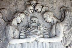 Деталь оплакивая скульптуры на кладбище Mirogoj, Загреб Стоковая Фотография RF