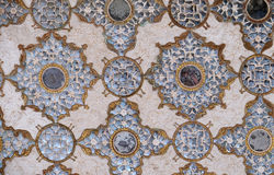 Деталь отраженного потолка в дворце зеркала на янтарном форте в Джайпуре Стоковое Изображение