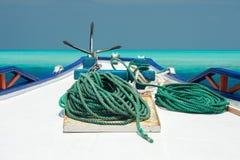 Деталь пала шлюпки на предпосылке открытого моря Стоковые Изображения RF