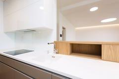 Деталь современного интерьера кухни Стоковые Фото