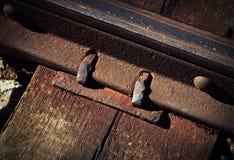 Деталь старого ржавого соединения рельса Стоковое Изображение RF