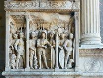 Деталь триумфального свода Castel Nuovo, Maschio Angioino Неаполь Стоковое Изображение