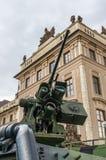 Деталь трубки карамболя (пулемета) и armored военного транспортного средства Стоковые Изображения RF