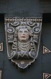 Деталь украшенного фасада старой половины timbered дом в старом городке Miltenberg, Германии Стоковое Изображение