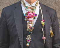 Деталь человека вне здания модного парада Trussardi в милане Стоковое фото RF