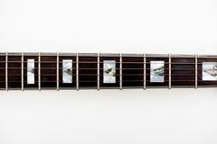 Деталь шеи и ладов электрической гитары стоковые фотографии rf