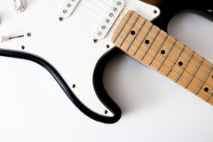 Деталь шеи электрической гитары и тело стоковая фотография