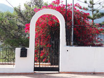 Деталь achitecture двери в гостинице строя Грецию Стоковые Фото