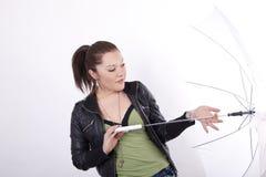 детеныши белой женщины зонтика Стоковое Изображение RF