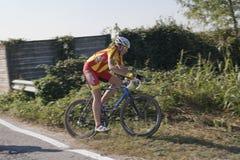 детеныши велосипедиста конкуренции Стоковые Фотографии RF