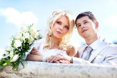 детеныши венчания пар стоковое изображение