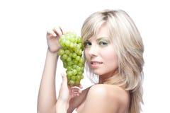 детеныши виноградины девушки Стоковые Изображения RF