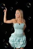 детеныши девушки платья шарика голубые Стоковая Фотография RF