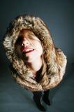 детеныши девушки шерсти пальто шикарные Стоковое фото RF