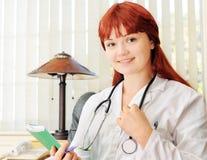 детеныши доктора женские Стоковые Изображения