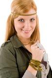 детеныши женщины бирки обмундирования владением hippie собаки хаки Стоковое фото RF