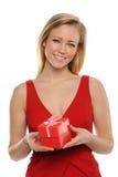 детеныши женщины Валентайн удерживания s подарка Стоковые Изображения