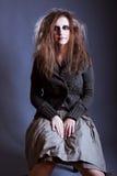 детеныши женщины ведьмы halloween Стоковая Фотография RF