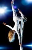 детеныши женщины гимнаста Стоковое Изображение RF