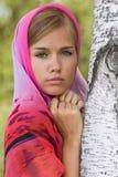 детеныши женщины головного платка alenushka Стоковое Фото