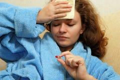 детеныши женщины головной боли Стоковая Фотография RF