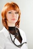 детеныши женщины доктора красотки Стоковые Изображения