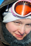 детеныши женщины зимы дня Стоковые Изображения
