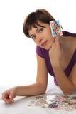 детеныши женщины играть карточки Стоковое Изображение RF