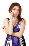 детеныши женщины красивейшего мобильного телефона говоря Стоковое Фото