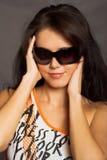 детеныши женщины красивейшего серого портрета предпосылки сексуальные Стоковые Фото