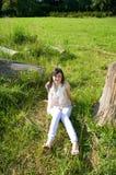 детеныши женщины парка Стоковое Изображение